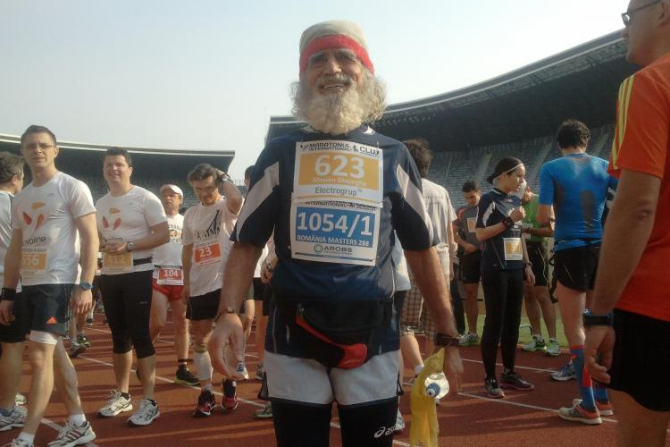 Maratonul Internaţional Cluj: Un sportiv de 80 de ani aleargă în cursă. Care este secretul lui - VIDEO