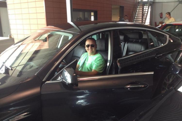 """""""Samsarul"""" auto din Gilău, Alin Vele, trimis în judecată pentru că a vândut 433 de mașini fără a plăti taxe"""
