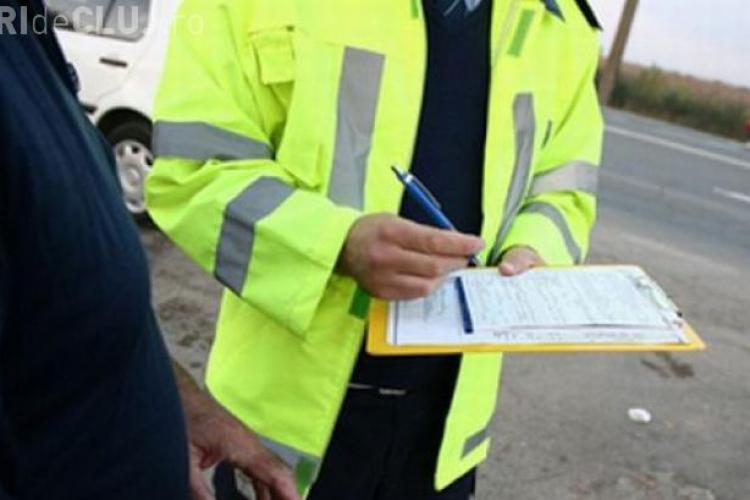 Un polițist și-a făcut un chitanţier pentru mită