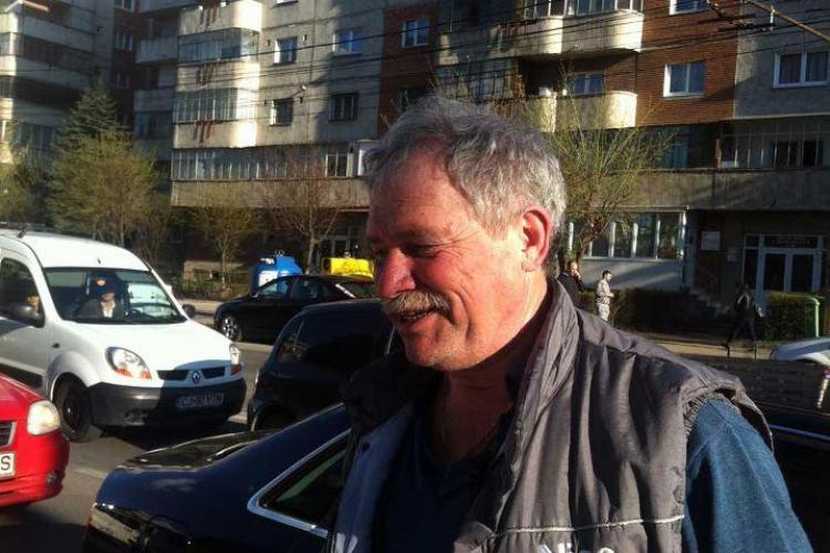 """El e cel mai """"țăran"""" taximetrist din Cluj: """"Și ce dacă ți-am lovit oglinda? Te bag ..."""" - Vezi CONTINUAREA - FOTO"""