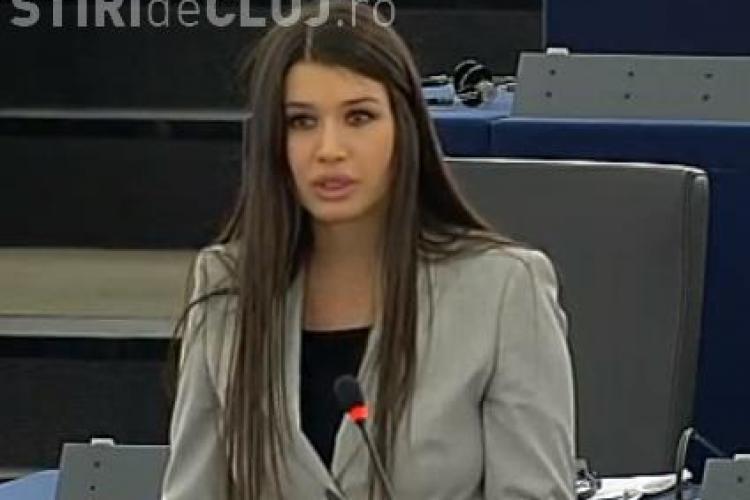 EBA, GAFĂ monumentală în Parlamentul European: A încurcat sălile și a rostit discursul greșit - VIDEO