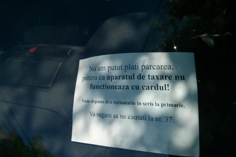 Parcometrele din Cluj-Napoca se defectează! Ce metodă folosește un șofer pentru a nu fi amendat - FOTO