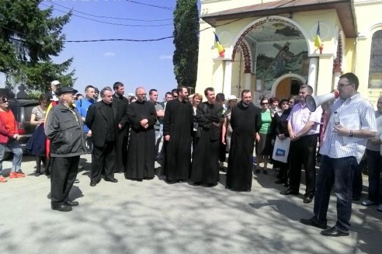 Marș împotriva CREMATORIULUI la Cluj! Circa 70 de oameni au mărșăluit - FOTO