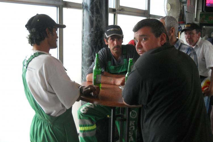Trei angajați Rosal Cluj, la bere în a doua zi de Paște. Cum vor fi penalizați - FOTO