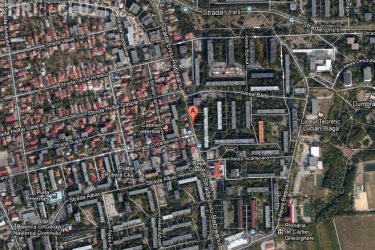 Liniuţe pe strada Liviu Rebreanu, sub nasul Poliţiei Rutiere
