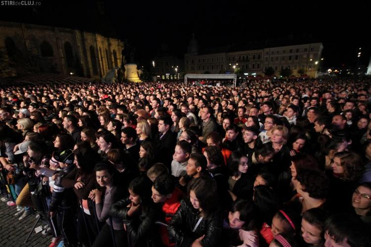ZILELE CLUJULUI 2013 - Program luni, 27 mai: Concerte folclorice în Piața Unirii