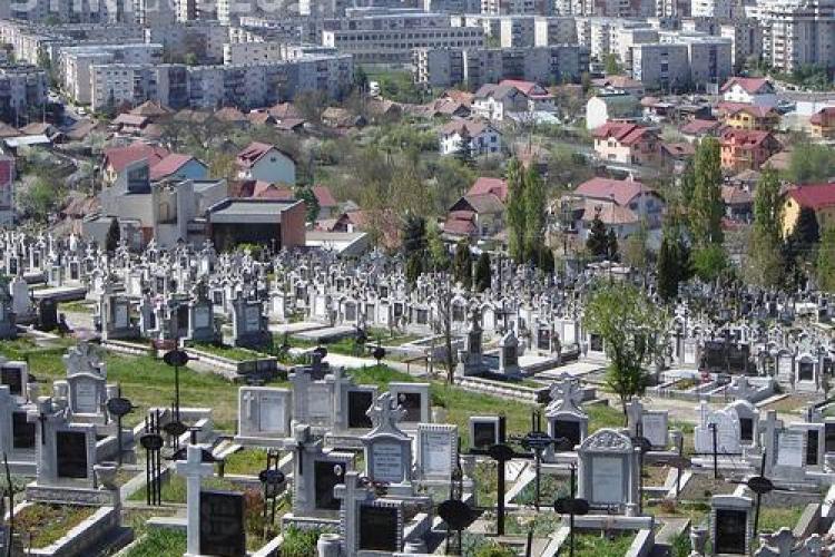Omor în Cimitirul Mănăștur! Un gropar a fost găsit omorât și dezbrăcat