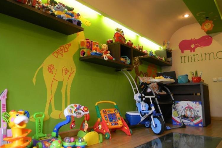 Minimo Shop Cluj, articole premium si la jumatate de pret pentru bebelusi - FOTO (P)
