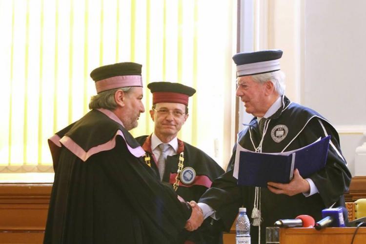 Mario Llosa a primit titlul de Doctor Honoris Causa. Vezi ce a declarat laureatul Nobel pentru literatură