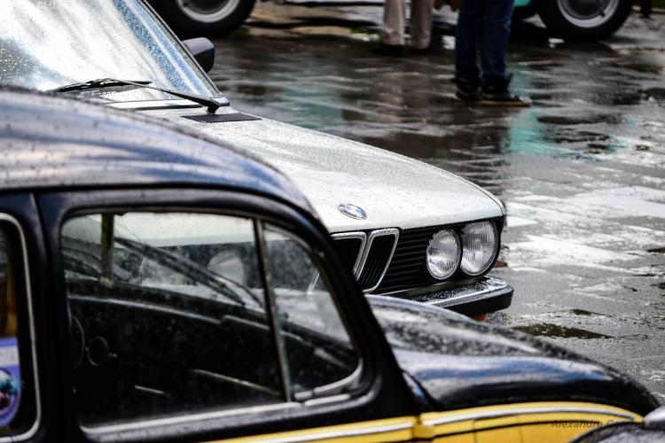 Ai ratat parada mașinilor retro de duminică? Vezi AICI imagini cu bolizii - FOTO