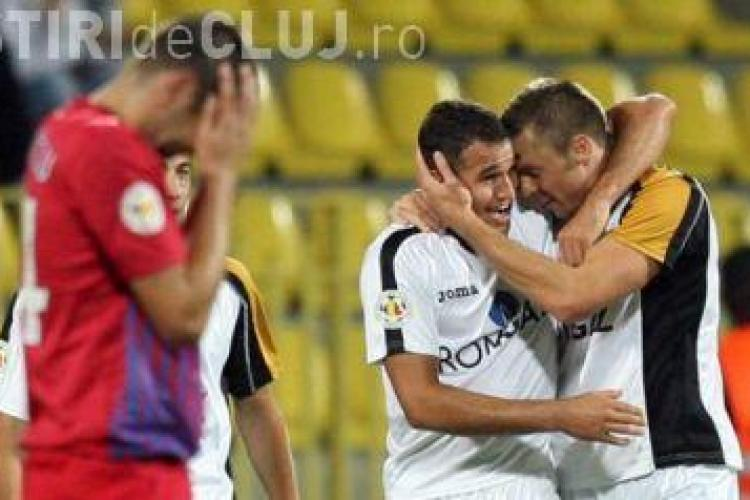 Bornescu a mușcat un jucător pe teren la meciul Petrolul - Gaz Metan - FOTO