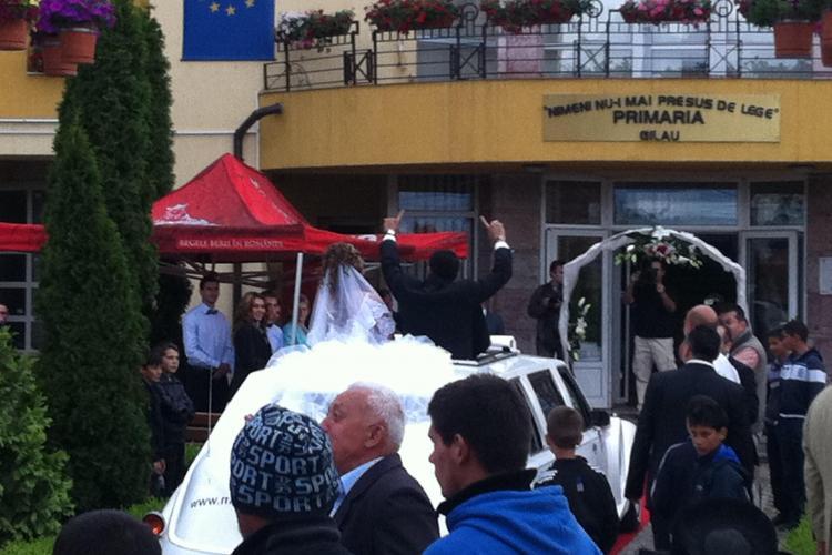 """S-a însurat """"prințul"""" țiganilor din Cluj. Lui Dragoș Roșianu i-au cântat Florin Salam și Sandu Ciorbă - FOTO"""
