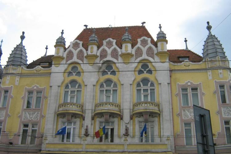 Sporurile functionarilor din mai multe primarii si din Consiliul Judetean Cluj, atacate in instanta de Prefectura