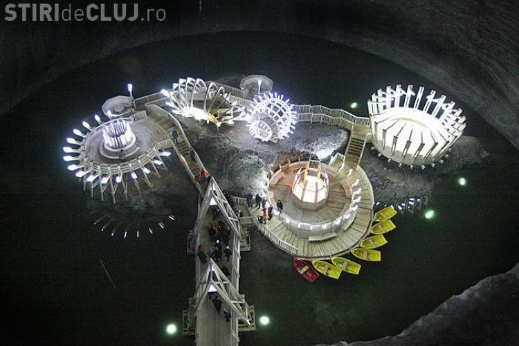 Salina Turda, vizitata de 230.000 de turisti de la inceputul anului. Vezi AICI orarul de acces in mina si tarifele! Galerie FOTO