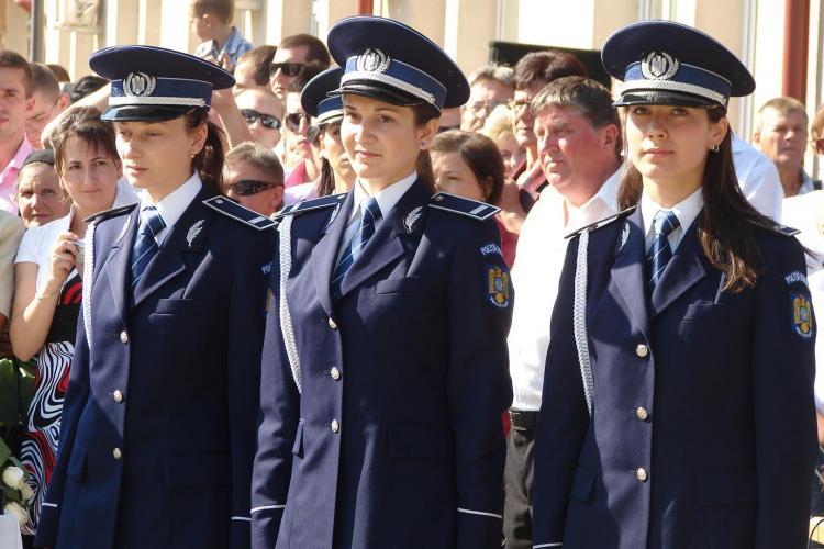 """La Cluj, cei mai buni politisti sunt de fapt niste ... politiste! Fetele au cele mai mari medii la Scoala de Agenti """"Septimiu Muresan"""" - FOTO"""