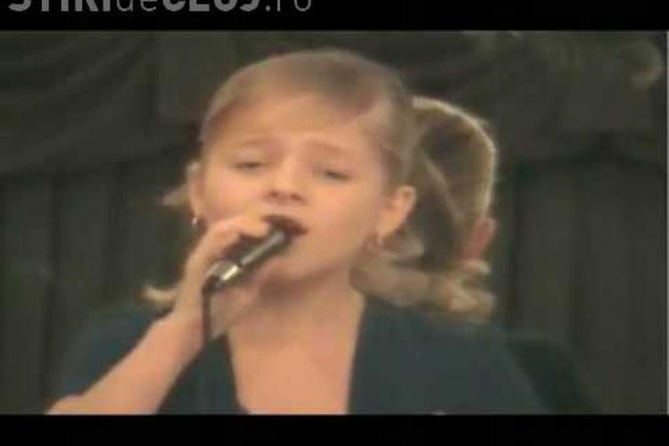 VIDEO: La doar 10 ani, Jackie Evancho a uimit o lume intreaga la America's Got Talent cu o voce de opera incredibila