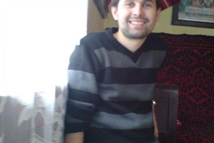 Vlad Chende a murit! Studentul care s-a aruncat de la etajul 4 al caminului Economica 2 nu a mai putut fi salvat