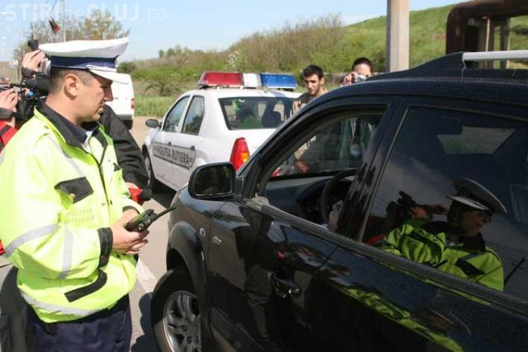 Contrabanda cu cafea. 180 de pachete au fost gasite de politisti la un sofer din Cluj