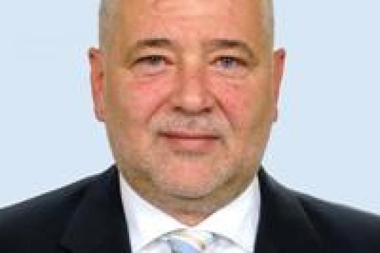 Nicoara ii cere lui Basescu sa convoace CSAT pe tema autonomiei pe criterii etnice