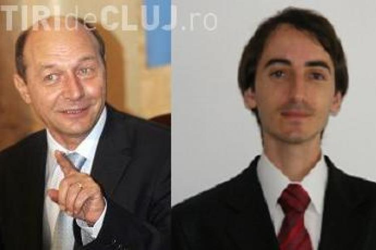 """Profesorul clujean aflat in razboi cu Traian Basescu i-a dedicat o poezie: """"Doar spriturile el le stie"""" - Citeste versurile AICI"""