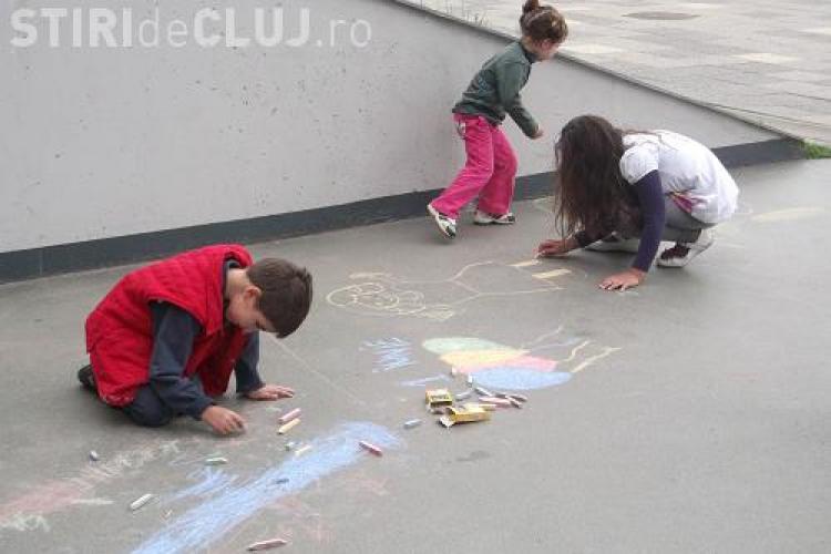 """""""Atelierele Viitorului"""" prilej de bucurie pentru 300 de copii clujeni"""