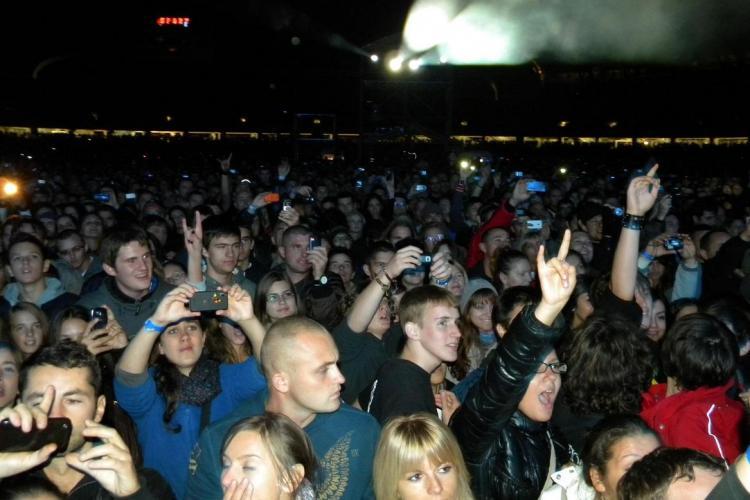 Cum va fi VREMEA la concertele Deep Purple și UB 40! Nu aveți voie cu UMBRELE