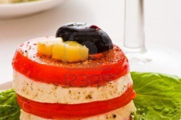 Dieta cu roșii și brânză