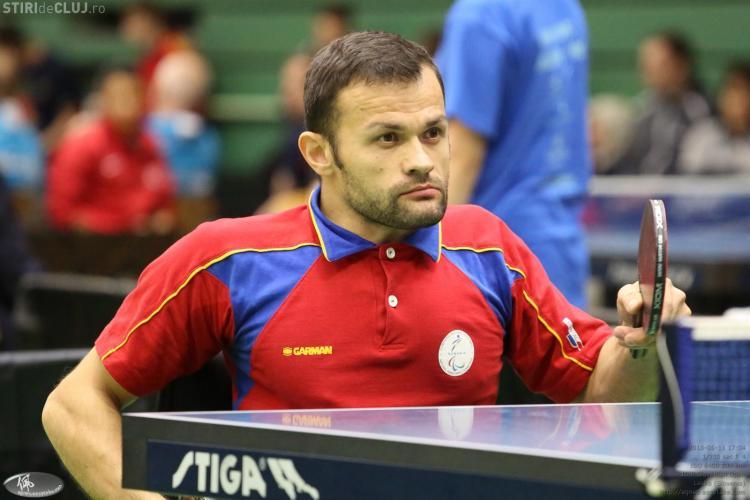 Umilințe în autobuzele RATUC și Fany pentru Dacian Makszin, campionul la tenis de masă imobilizat într-un scaun cu rotile - VIDEO