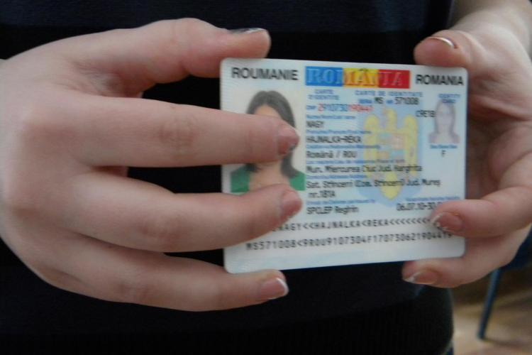 Cărțile de identitate se schimbă din 1 iulie. Vor avea microcip și amprente