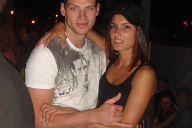 Cine e frumoasa brunetă cu BMW, care a comis accidentul de pe Avram Iancu - FOTO