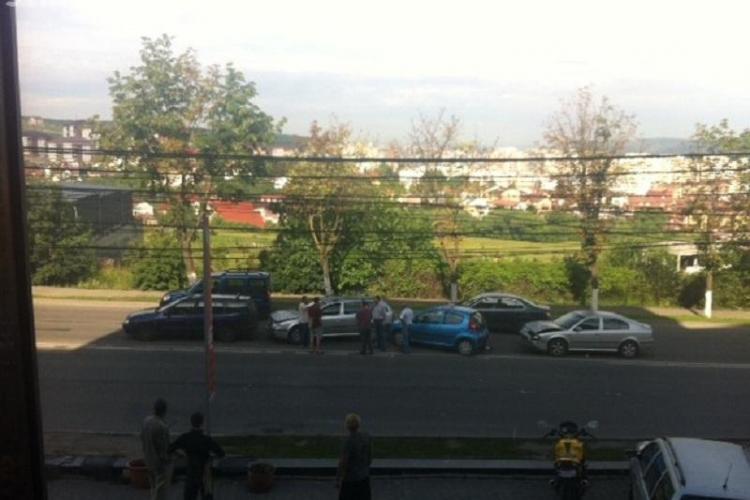 Patru mașini s-au ciocnit pe varianta Zorilor - Mănăștur! Cum s-a produs accidentul