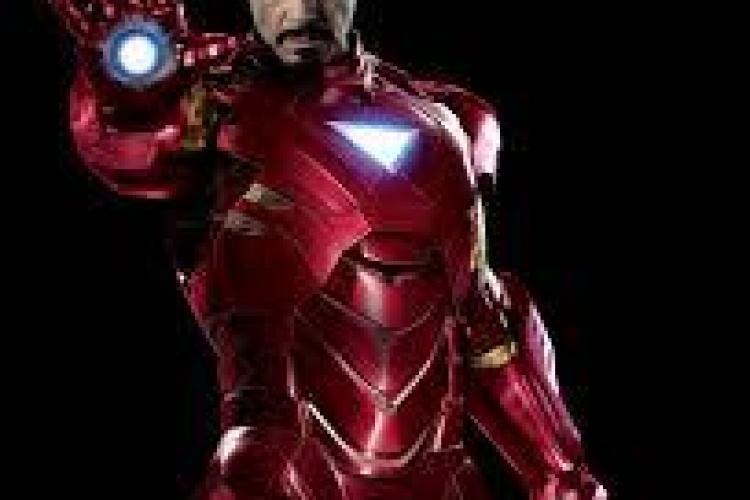 """IMAGINEA ZILEI: Reacția unui puști când îl întâlnește pe """"Iron Man"""" FOTO"""