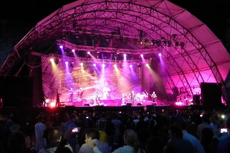 UB 40 a cântat la Cluj pentru 10.000 de oameni. Spectatorii au avut păreri împărțite - FOTO