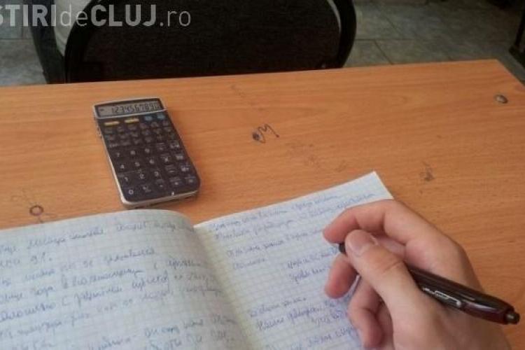 IMAGINEA ZILEI: Metoda incredibilă prin care un elev a reușit să copieze la examen FOTO
