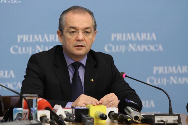 PSD Cluj îl acuză pe Emil Boc că s-a plictisit de Cluj-Napoca şi aruncă cu noroi în politica externă
