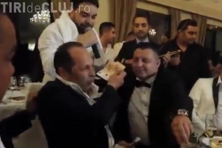 """Şefii ţiganilor din Cluj au aruncat cu sute de euro după Florin Salam la nunta """"prințului"""" țiganilor, Dragoș Roșianu - VIDEO"""