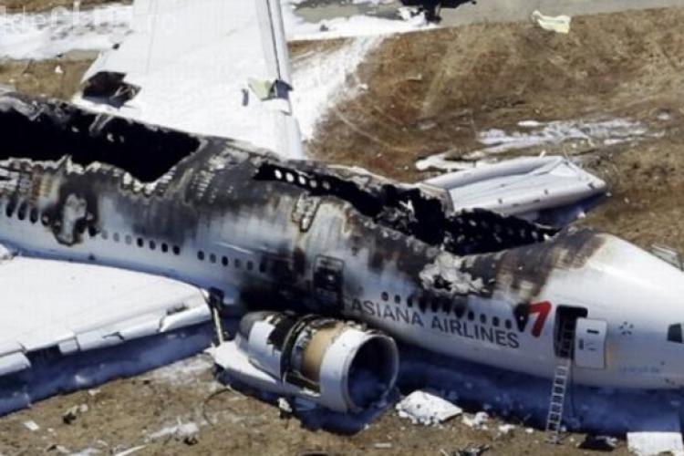 Șocant! A scăpat dintr-un accident de avion, dar a fost calcată de maşina pompierilor pe aeroport