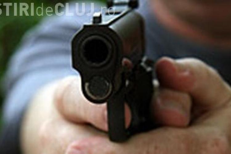 Focuri de armă la Gara Cluj! Polițiștii au tras după un bărbat