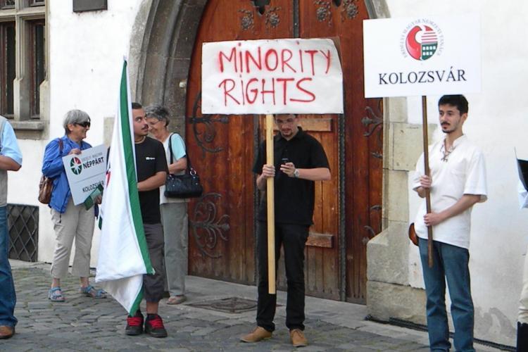 Maghiarii din Cluj INSTIGAȚI la nesupunere civică și BLOCAREA străzilor de PPMT: VREM AUTONOMIE