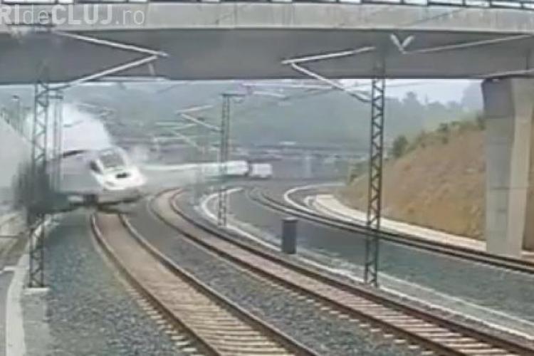 """Imagini LIVE de la accidentul de tren din Spania: Mecanicul trenului: """"Am greșit, vreau să mor!"""" VIDEO"""