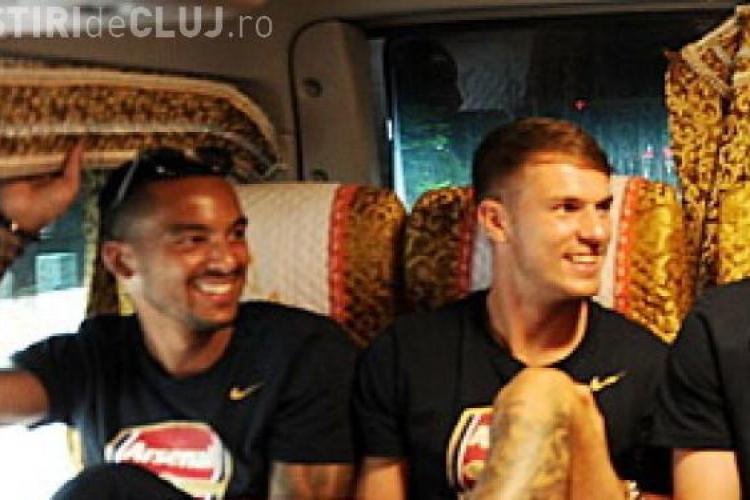 CLIPUL ZILEI: Surpriză incredibilă pentru jucătorii de la Arsenal când s-au uitat pe geamul autocarului VIDEO