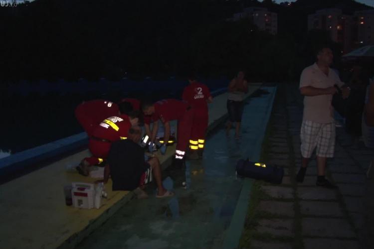 Tânăr înecat la strandul Sun. Nu se știe cum a intrat, fiind găsit în bazin după ora închiderii - VIDEO