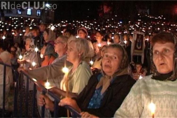 Imagini IMPRESIONANTE de la Mănăstirea Nicula! Zeci de mii de credincioși s-au rugat de Sfânta Maria - VIDEO