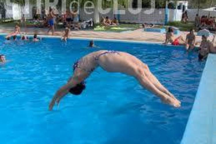La ce pericole te expui când mergi la piscină