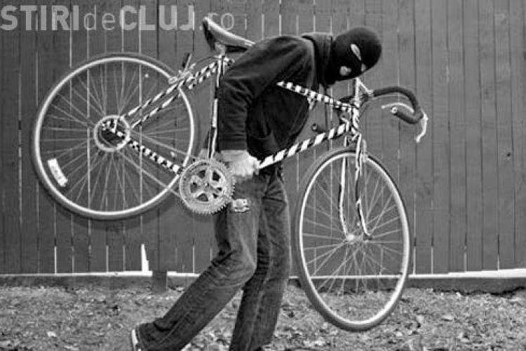 Hoț de biciclete prins în Piața Mihai Viteazu
