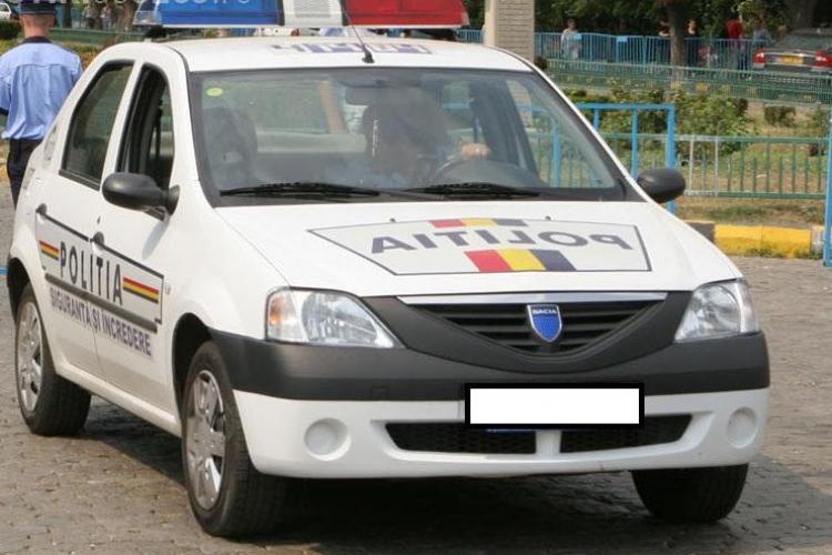 Polițiștii clujeni sunt folosiți ca șoferi pe mașinile de poliție, dar nu sunt și plătiți. Ce șmecherie a făcut MAI