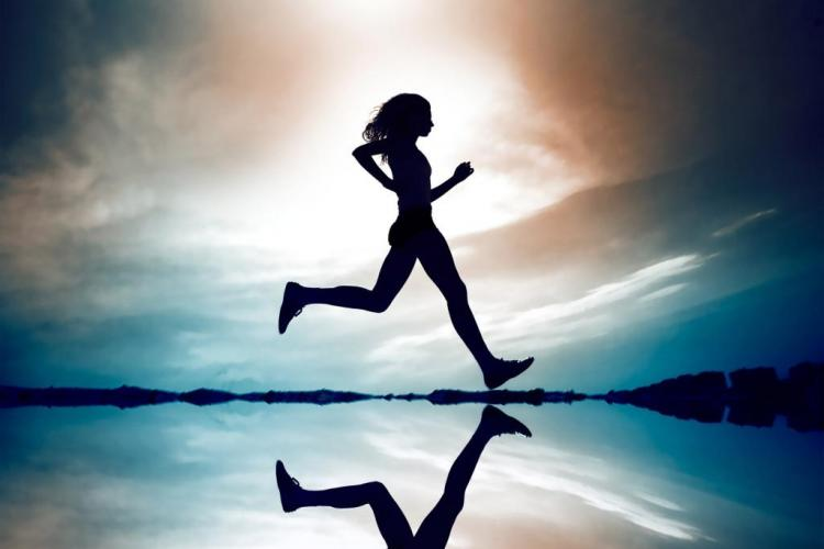 De ce este esenţial sa alergi! 8 MOTIVE prezentate de specialiști