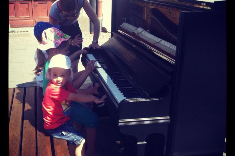 Clujenii sunt chemați să cânte la pianină pe Eroilor - FOTO