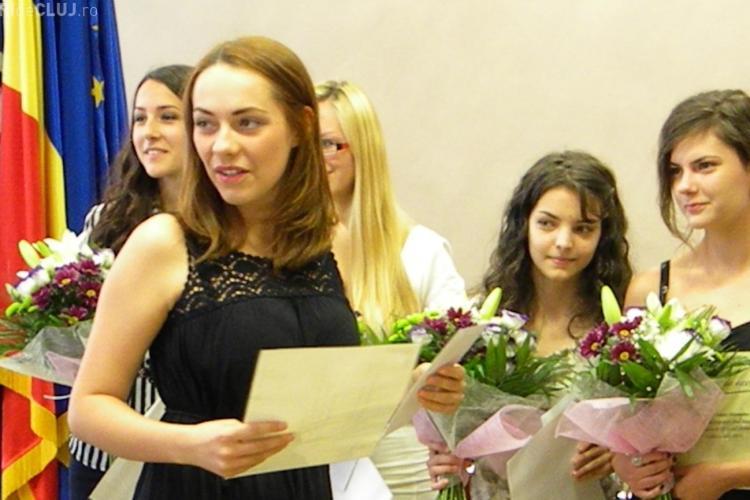 Elevii care au luat 10 la BAC, premiați și de Ministerul Educației