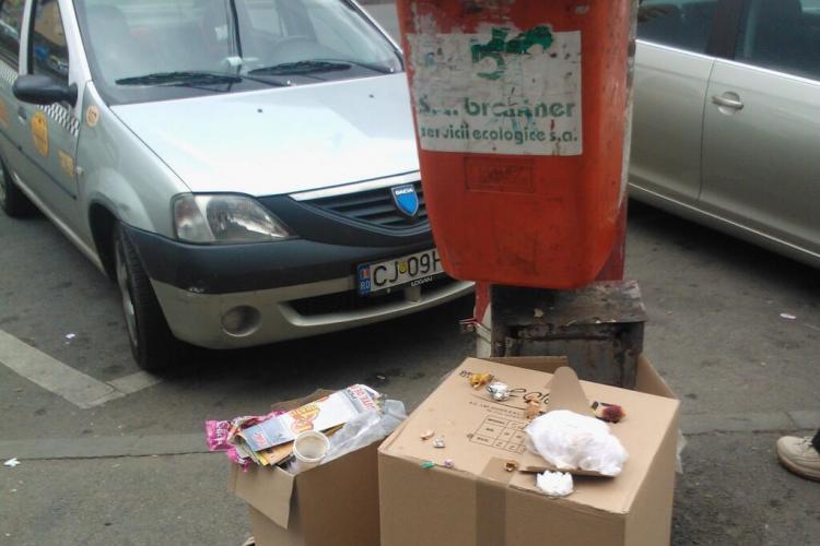 Imagine din stația de autobuz din Mărăști - FOTO